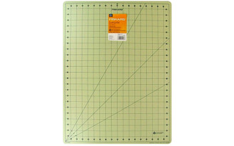 01-005900 FISKARS CUTTING MAT 18X24 ECO