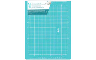 662043 WE R MEMORY CRAFT SURFACE SILICONE MAT 8 5X11