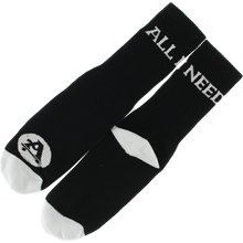All I Need - I Need Logo Crew Socks Blk/wht 1pr - Skateboard Socks