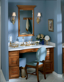 Kraftmaid Kitchen Cabinets -  Square Raised Panel - Solid (PKM) Maple in Praline