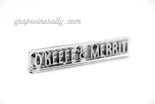 """LAST ONE! This O'Keefe & Merritt vintage emblem badge mounts on the front stove control knob panel. the chrome is in very nice used condition.   MEASUREMENT: 5-1/8"""""""