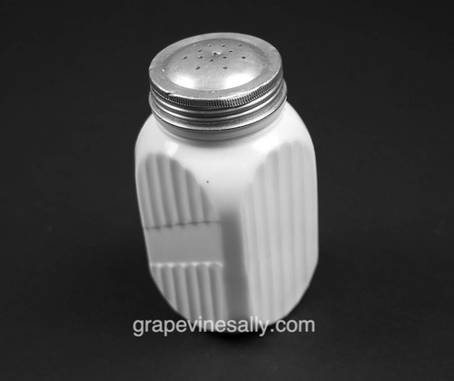 """Tall White Milk Glass Vintage Non Labeled SHAKER. Use for flour, sugar, salt, pepper, or ??? We have 8 in stock at the time of this listing. No chips or cracks, very nice used condition.  MEASUREMENTS: Each Shaker - Height 5.0"""""""" / Width 2-1/2"""" / Depth 2-1/2"""""""