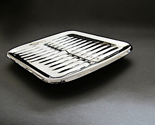 "LAST SET! Vintage Wedgewood Gas Stove New Chromed SELECT-O- GRILL BROILER Pan Set. The top is new chrome, the lower pan is used porcelain enamel - please note the lower pan is in good used condition, however it does have normal wear.  MEASUREMENTS: New Chrome Top Depth 16.0""  /  Width 13-5/8""  /  Lower Pan Measures - Depth 16.0""  /  Width 13-3/8"""