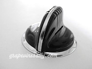 "1 Vintage Classic BLACK Wedgewood Gas Stove Flush Mount Control Knob with Chrome Bezel Ring. This knob fits the vintage 1940's-1950's Wedgewood gas stoves. There are no cracks, chips in the plastic/bakelite. The rear ""D"" is in very good shape. Extremely limited."