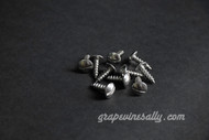 "NEW Pack of 10 - Vintage Stove Slotted Truss 5/8"" Stainless Steel Sheet Metal Style Screws - FREE SHIPPING.  These are new, they are exact replicas of the slotted Truss used in the 40's and 50's on the Wedgewood, O'Keefe & Merritt and many other vintage brand stoves. These slotted truss sheet metal screws are stainless steel. They fasten a variety of panels on your stove. Working with new screws save time and add to the 'period' look of your renovation."