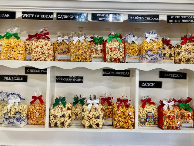 popcorn-holiday-bag-savory-display.jpg