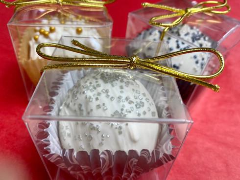 Snowball Gift Box
