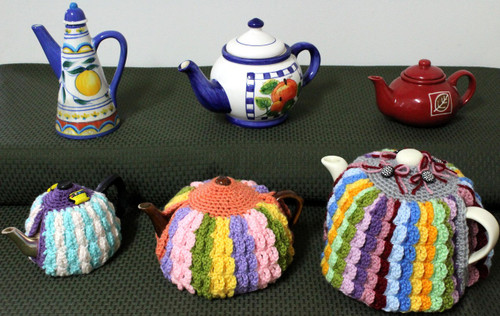 Craft Moods crochet pattern by Vicki Moodie, CMPATC098 Bits and Pieces Tea Cosy in 3 sizes