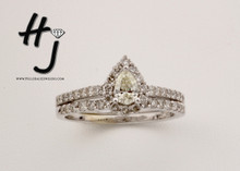 14 Karat White Gold 1.00 dtw Pear Halo  Diamond Wedding Set (.38 Pear Major)
