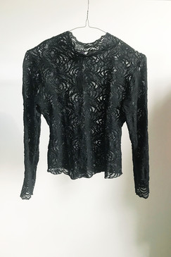 Unlabelled Lace Layer (M)