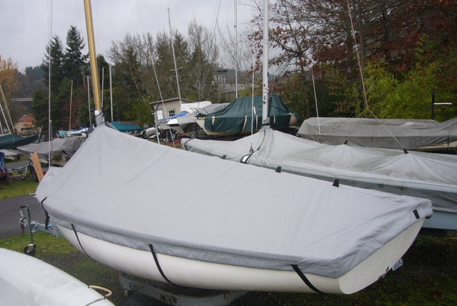 This Lido 14 Mooring cover is made in America