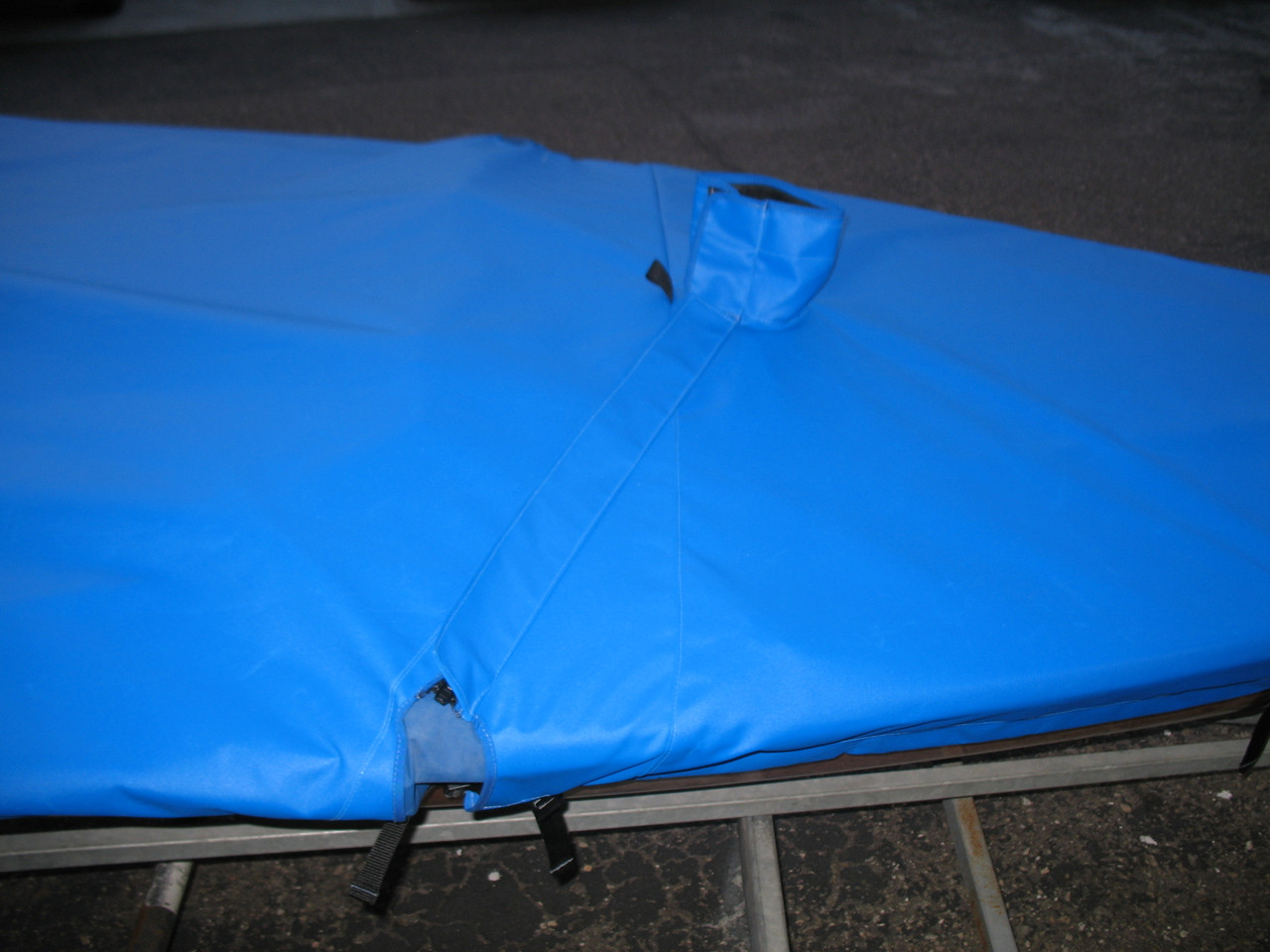 Mast Cutout, tied collar, and #10 zipper covered with flap shown