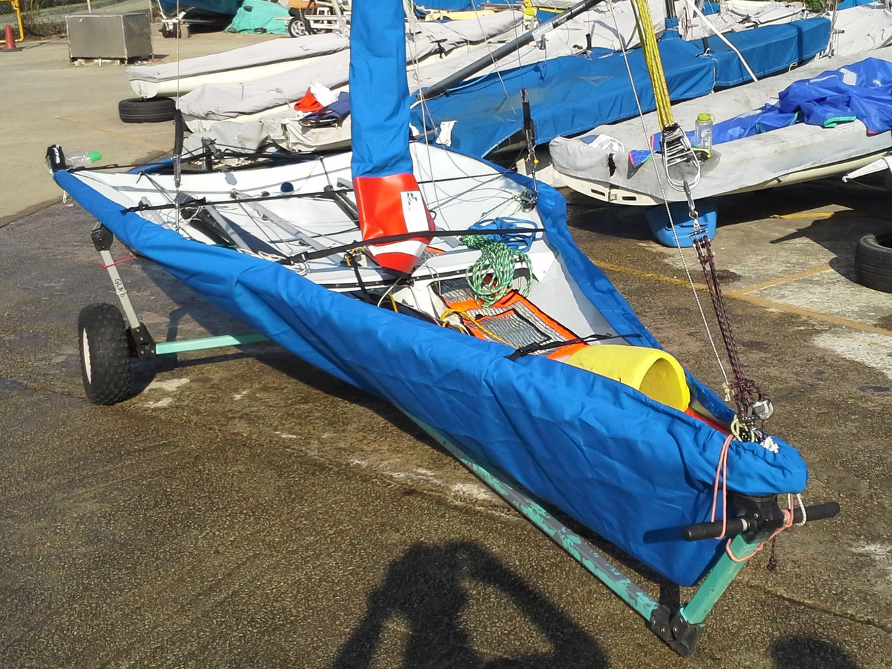 29erXX Sailboat Bottom Cover shown in Top Gun Caribbean Blue. Available in 4 fabrics and many color choices.