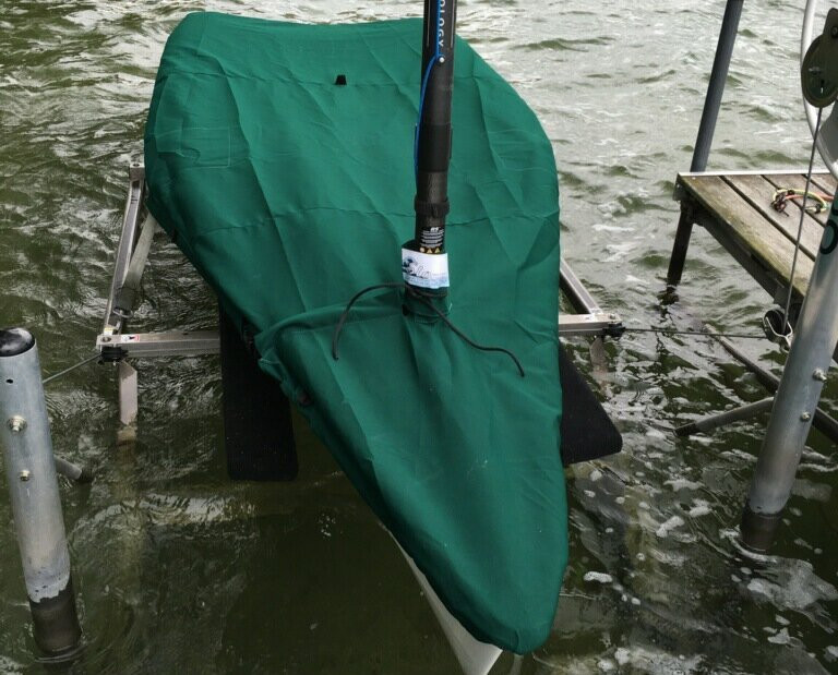 RS Aero Sailboat Mast Up Flat Cover made in America by skilled artisans at SLO Sail and Canvas. Cover shown in Sunbrella Forest Green. Available in 3 fabrics and many color choices.