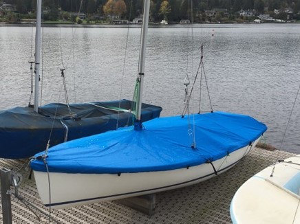 Sailboat Mast Up Flat Mooring Cover made in America by skilled artisans at SLO Sail and Canvas. Cover shown in Polyester Royal Blue. Available in 3 fabrics and many color choices.
