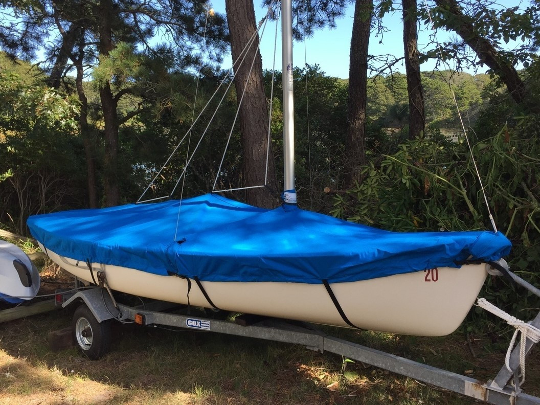 Mast Up Flat - Mooring cover made in the USA by SLO Sail and Canvas to specifically fit your Boston Whaler Harpoon 4.6 sailboat.