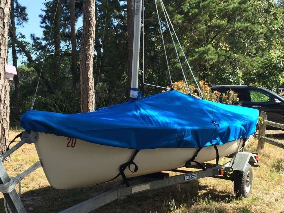 Keep your Harpoon 4.6 sailboat free of dirt water and debris with a custom fit cover made to order by SLO Sail and Canvas in the USA with 3 choices of premium fabrics.