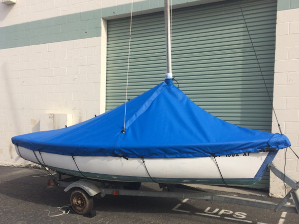 Mast Up Peaked Cover made specifically to fit a Capri 14.2 by Catalina.