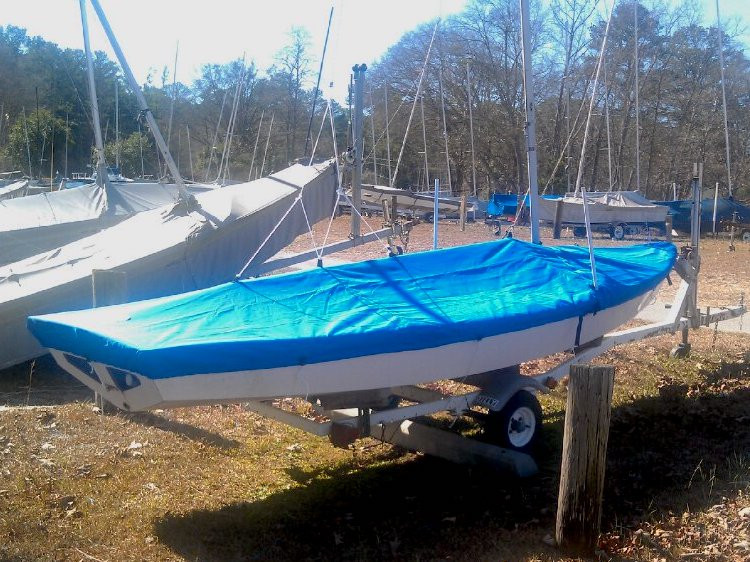 SLO Sail and Canvas boat covers for Lightning sailing dinghies are available in 3 fabric choices and many colors.