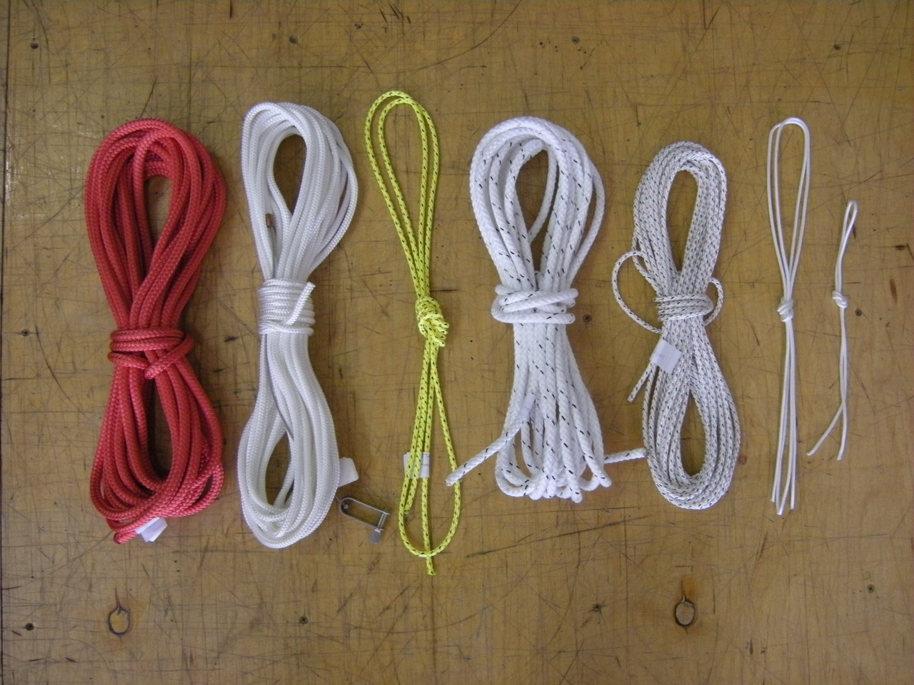 Top notch line kit to fit your Hobie® Getaway catamaran made with quality ropes from Marlow, Bainbridge, and / or Samson.