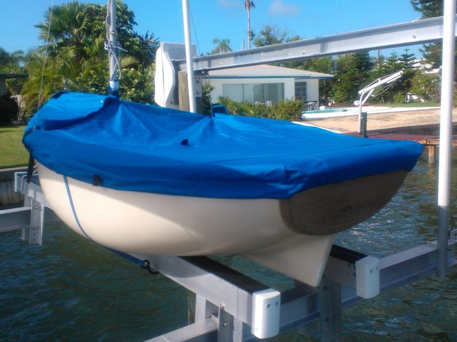 Bauer 8 Sailboat Mooring Cover Top Deck Cover Made in the USA Top Gun Caribbean Blue Mast Up Cover