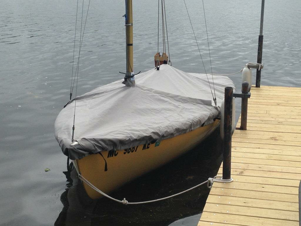 O'Day 15 Sailboat Mast Up Flat Cover made in America by skilled artisans at SLO Sail and Canvas.