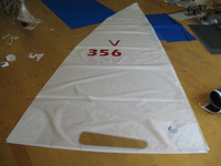 Venture 15 Banana Hull White Dacron Main Sail
