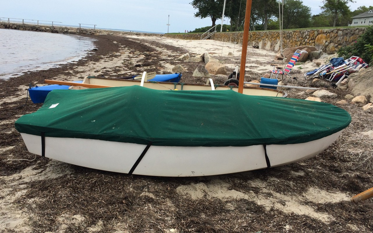 Dyer Dhow 9 sailboat Top Cover by SLO Sail and Canvas