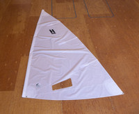 Holder 12 Mainsail - White