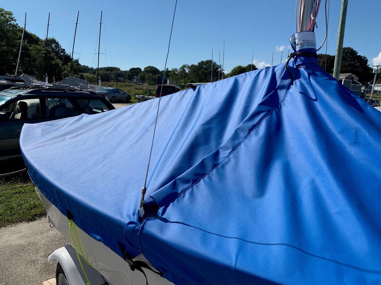 Our Blue Jay Mast Up Peaked Cover has a Zipper leading from the rub rail to the mast.