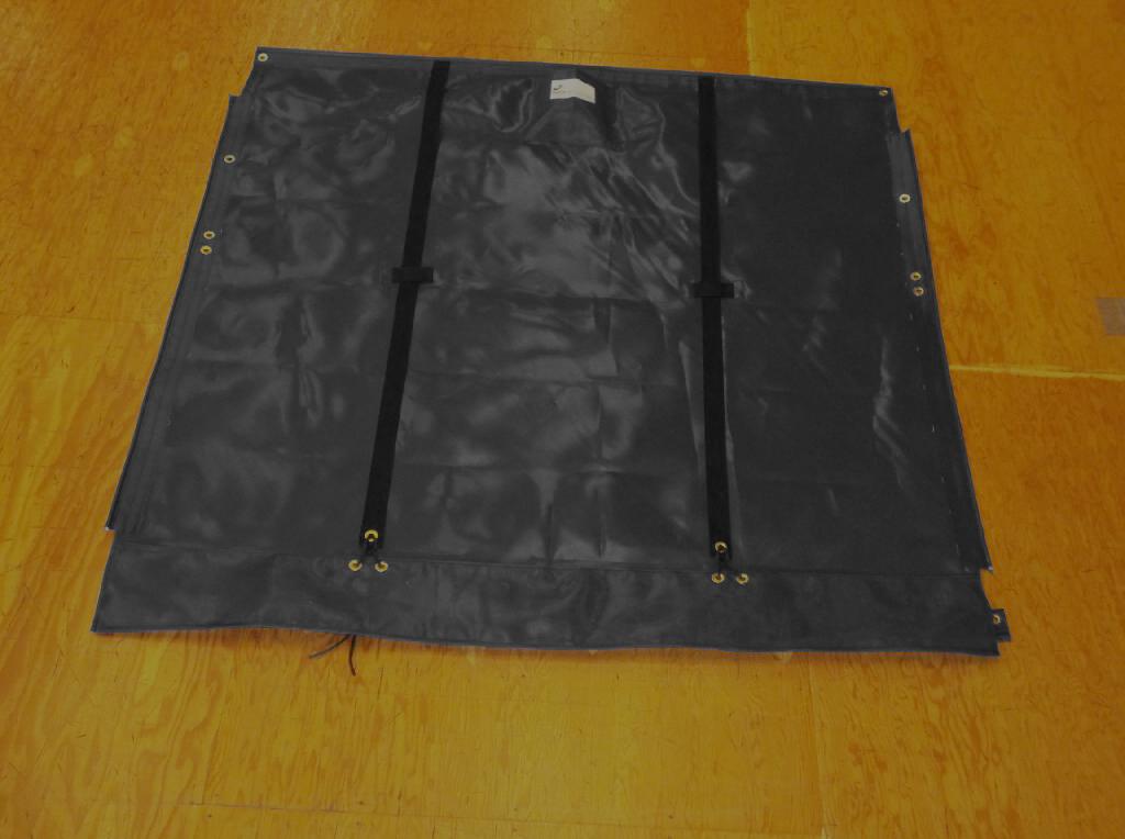 """Adjustable hiking straps made of 2"""" polypropylene webbing. 12"""" X 12"""" Halyard pocket, included. Built-in aft line catcher, included."""