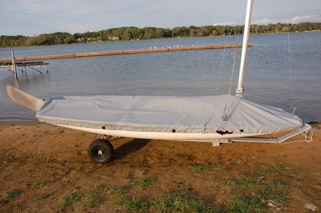 Butterfly Mast Up Flat Cover by SLO Sail and Canvas