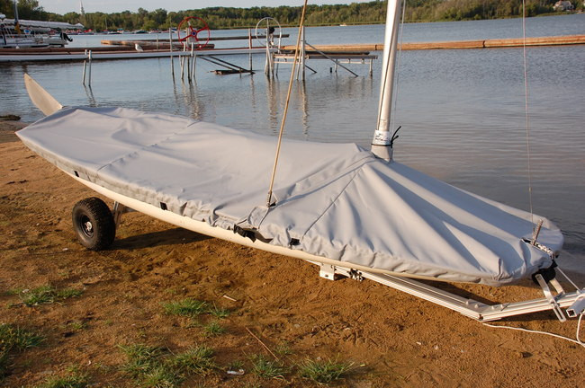 Butterfly Mast Up Flat Cover by SLO Sail and Canvas Made in USA