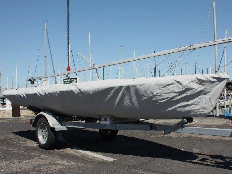 Vagabond sailboat Bottom Cover.