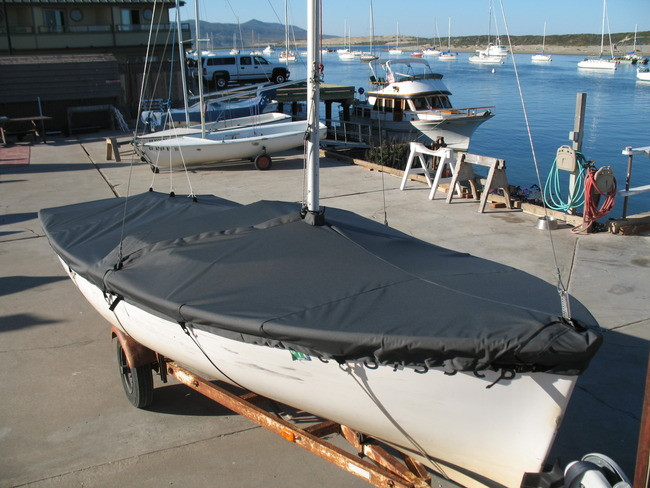 Vanguard 15 Sailboat Mooring Cover by SLO Sail and Canvas. Shown in Polyester Charcoal Gray. Available in 3 fabrics and many color choices.