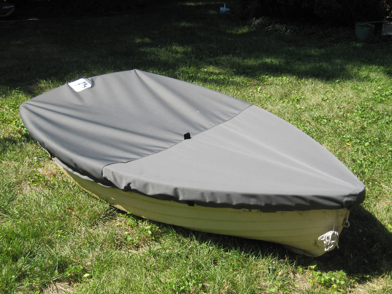 Cover shown in Polyester Charcoal Gray. Available in 3 fabrics and many color choices.