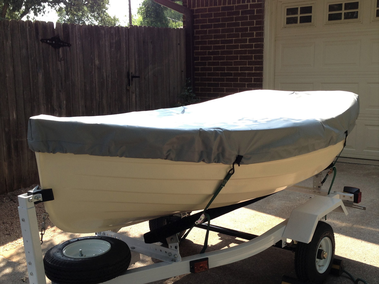 Top Cover to fit a Fatty Knees sailboat by SLO Sail and Canvas