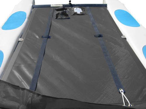 "12"" X 12"" Halyard pocket, included. Built-in aft line catcher, included."