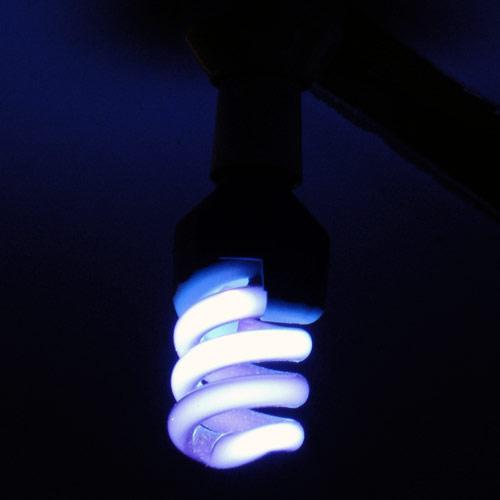 energy-efficent-uv-light-20w-on-500.jpg