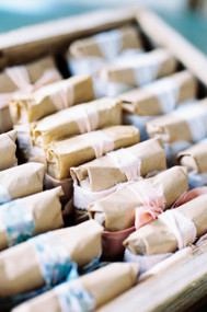 Choose your favorite scent: Almond, Indian Rose, Jasmine, Lavender, unscented, Vanilla