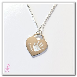 The front of the Single Sterling Silver Tiffany-style handprint necklace