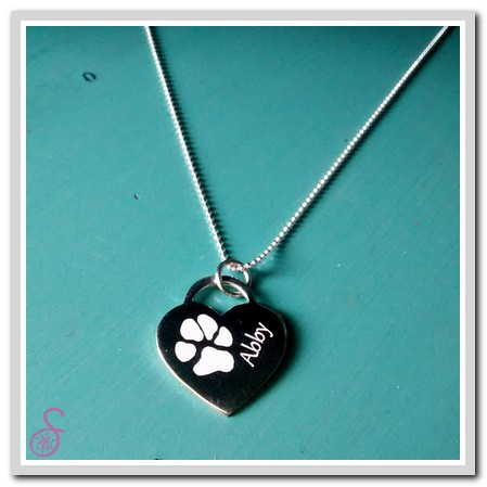 d035df42e1778 Single Paw Print Necklace