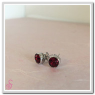 Birthstone Ear Stud - Garnet (January)