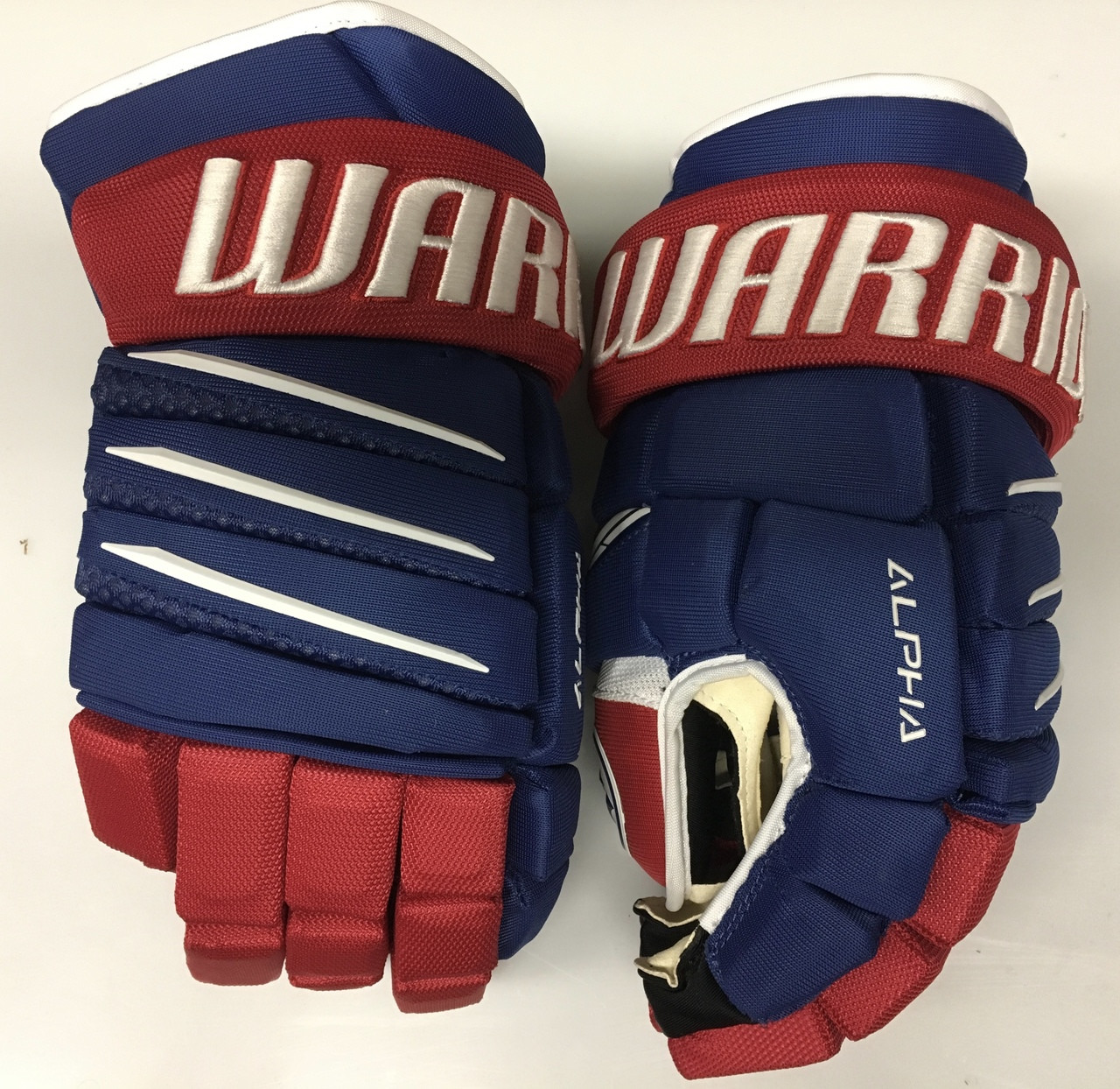 separation shoes fb8a4 a576c Warrior Alpha QX Pro Custom Pro Stock Hockey Gloves Montreal Canadiens 14