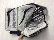 Vaughn V7 Pro Carbon XF Goalie Glove  Pro stock NCAA HAWKEY (2)