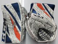 CCM Extreme Flex 4 Goalie Glove Gibson Pro Stock Soundtigers AHL 2