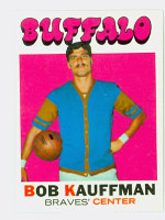 1971 Topps Basketball 84 Bob Kauffman Buffalo Braves Near-Mint Plus