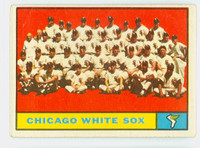 1961 Topps Baseball 7 White Sox Team Fair to Good