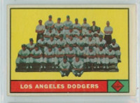 1961 Topps Baseball 86 Dodgers Team Excellent to Excellent Plus