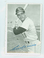 1969 Topps Deckles 6 Luis Aparicio Chicago White Sox Near-Mint
